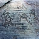 """Pompei (NA): incideva su un marmo dell'edificio """"Macellum"""" la scritta """"portugal"""". Carabinieri denunciano una 26enne del Portogallo"""