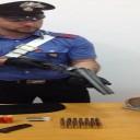 """Napoli : armi pronte a sparare e spaccio nel """"Rione Conocal"""", arrestato un pusher e trovato un fucile in un vano ascensore"""