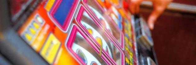 Napoli, Palazzo San Giacomo: lunedì 30 convegno Nazionale sul gioco d'azzardo