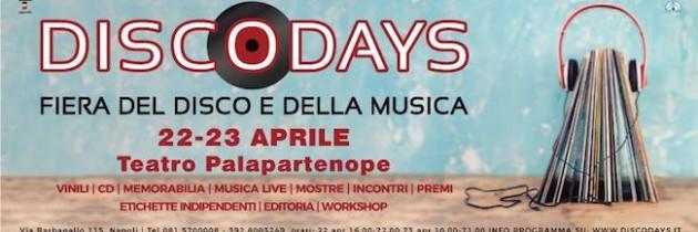 Sabato 22 e Domenica 23 Aprile 2017 la XVIII edizione del DISCO DAYS: torna, al Complesso PALAPARTENOPE di Napoli, la più importante fiera del Sud Italia dedicata al Vinile e alla Musica