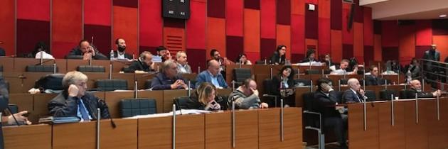 Napoli, Il Consiglio comunale approva la manovra di bilancio 2017/2019 (VIDEO)